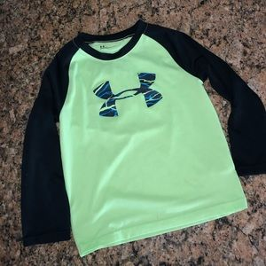Under Armour long sleeve dri fit